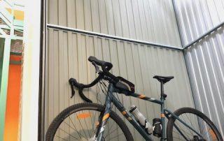 Box con Bici da corsa